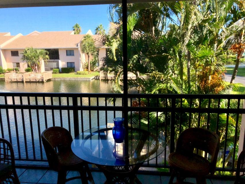 2400 Ocean Drive, Fort Pierce, Florida 34949, 2 Bedrooms Bedrooms, ,2 BathroomsBathrooms,Condo/Coop,For Sale,BEACHTREE I CLUSTER, A CONDOMINIUM,Ocean,2,RX-10464176