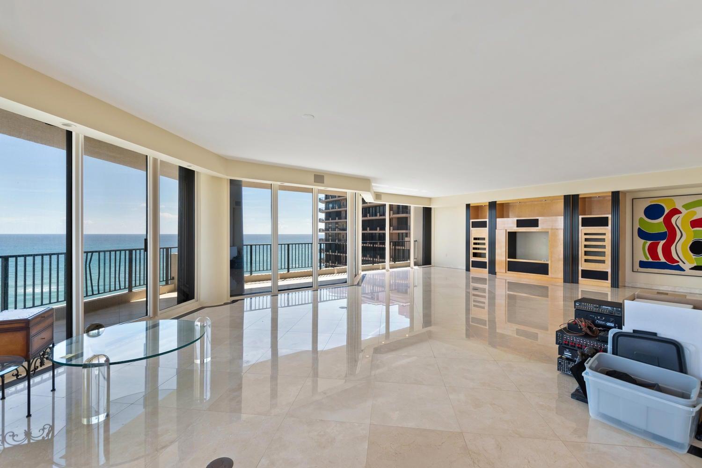 570 Ocean Dr Juno Beach FL-large-006-43-