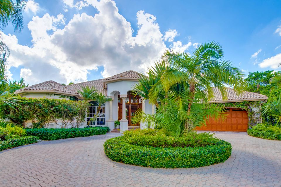 2288 Golf Brook Drive, Wellington, Florida 33414, 4 Bedrooms Bedrooms, ,3 BathroomsBathrooms,Single Family,For Sale,Golf Brook,RX-10466588