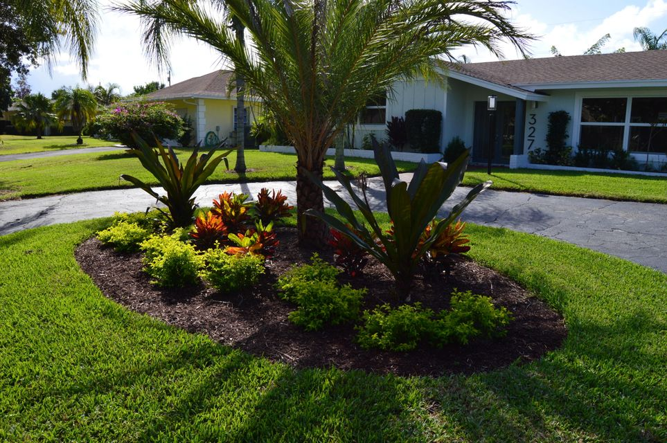 327 country club landscaping