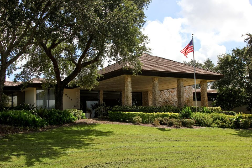 Mayacoo Lakes Clubhouse