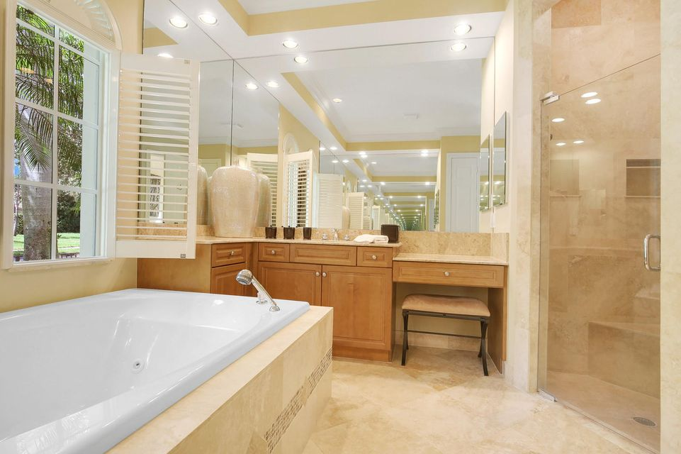 Whirlpool Tub / Master Bath