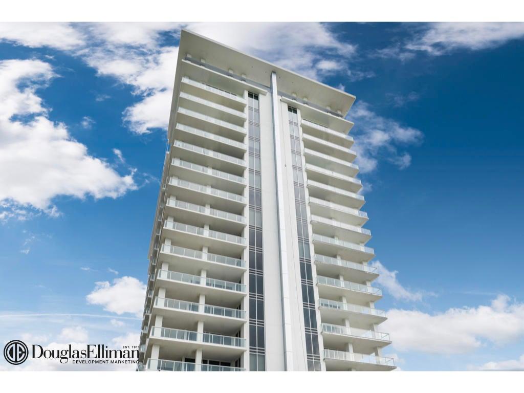 1.004 VistaBlue Building Elevation