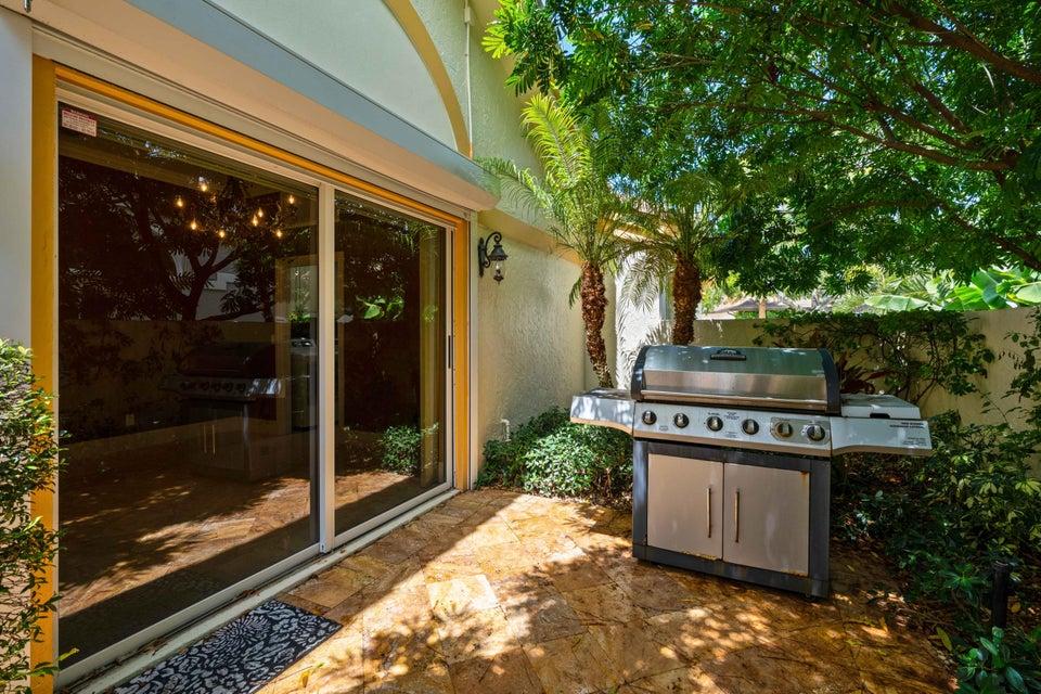 112 Regatta Drive, Jupiter, Florida 33477, 3 Bedrooms Bedrooms, ,3 BathroomsBathrooms,Single Family,For Sale,Admirals Cove,Regatta,RX-10463699