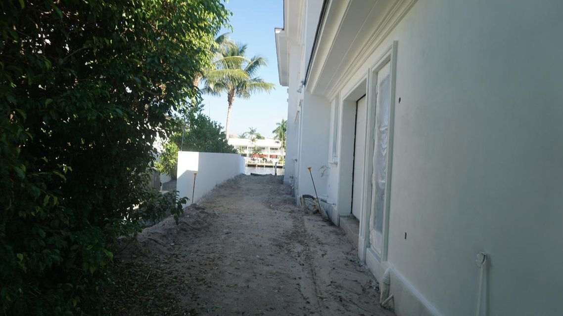 1160_Royal_Palm_Way_Const_03