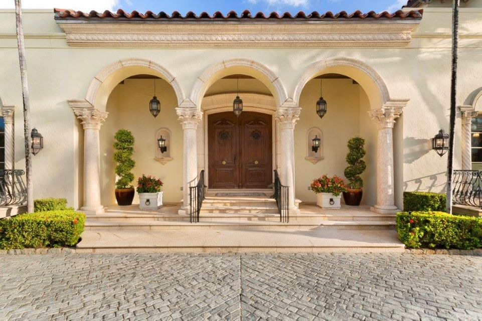 Front entry doors/exterior