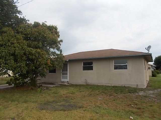 17249 SW Charleston Street, Indiantown, FL 34956