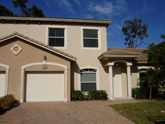4664 Villas Santorini Drive, Lake Worth, FL 33461