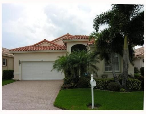 6798 Castlemaine Avenue, Boynton Beach, FL 33437