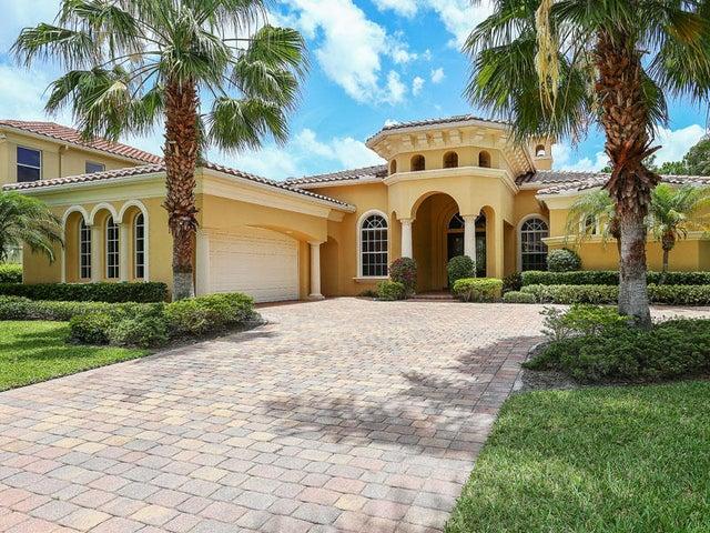 125 Remo Place, Palm Beach Gardens, FL 33418