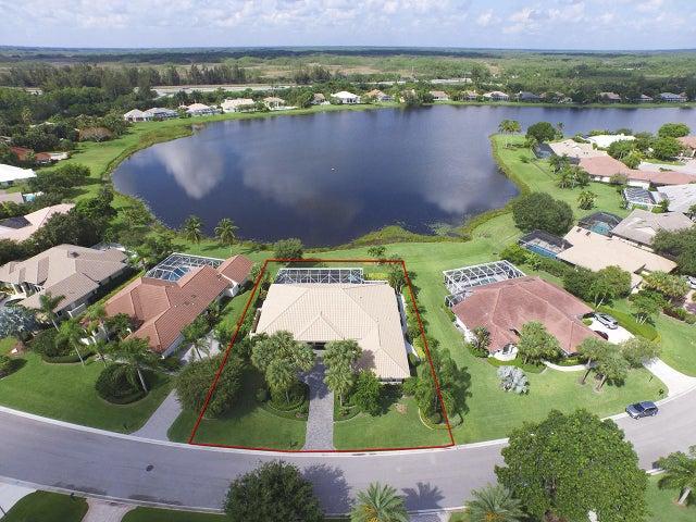 192 Thornton Drive, Palm Beach Gardens, FL 33418
