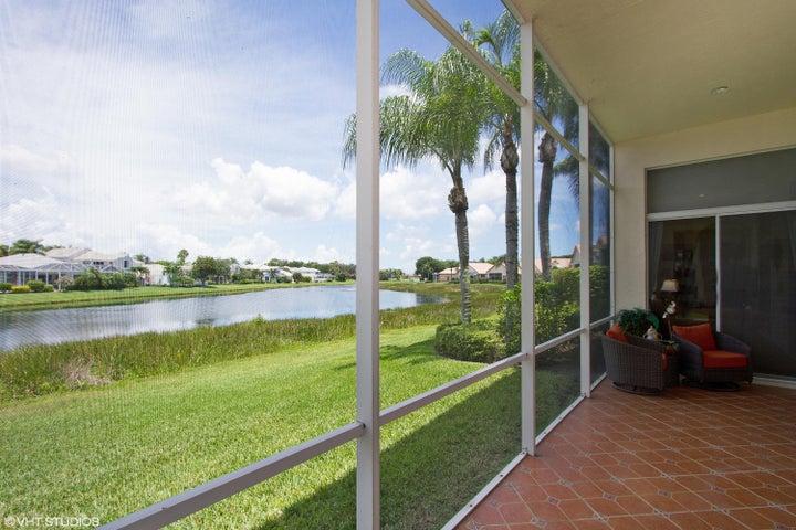 89 Monterey Pointe Drive, Palm Beach Gardens, FL 33418