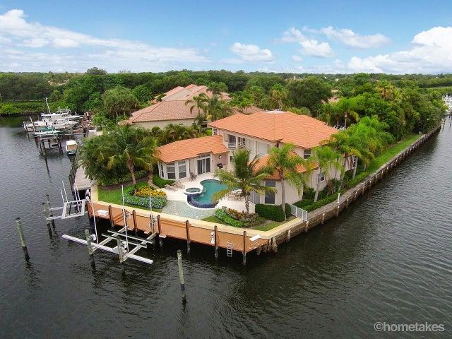2085 La Porte Drive, Palm Beach Gardens, FL 33410