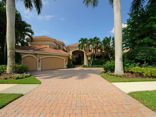 109 Saint Martin Drive, Palm Beach Gardens, FL 33418