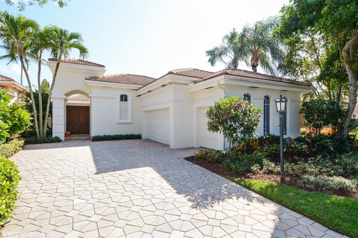 128 Isle Drive, Palm Beach Gardens, FL 33418
