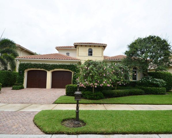 118 Via Mariposa, Palm Beach Gardens, FL 33418