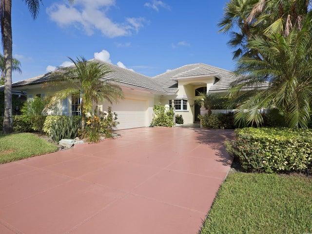105 Brookhaven Court, Palm Beach Gardens, FL 33418