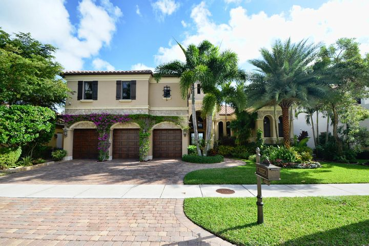122 Via Quantera, Palm Beach Gardens, FL 33418