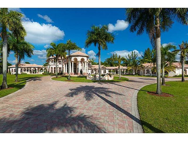 21579 Cartagena Drive, Boca Raton, FL 33428