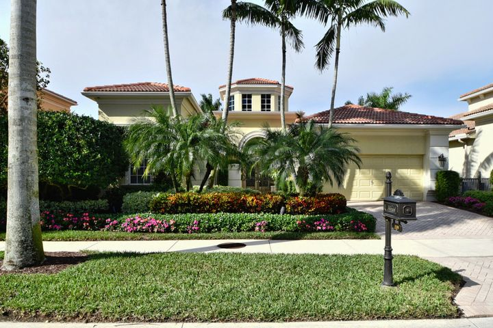 119 Via Paradisio, Palm Beach Gardens, FL 33418