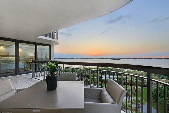 5380 N Ocean Drive, 6-J, Singer Island, FL 33404