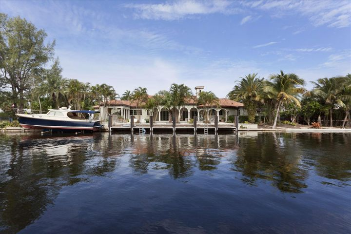 19 Hidden Harbour Drive, Gulf Stream, FL 33483