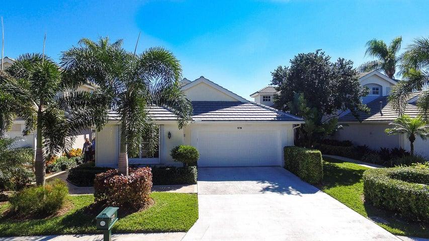 579 Masters Way, Palm Beach Gardens, FL 33418