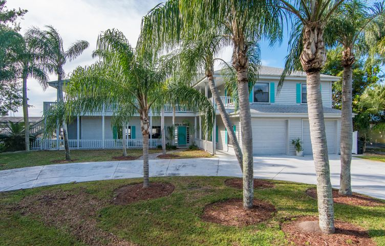 1001 SE Kitching Cove Lane, Port Saint Lucie, FL 34952