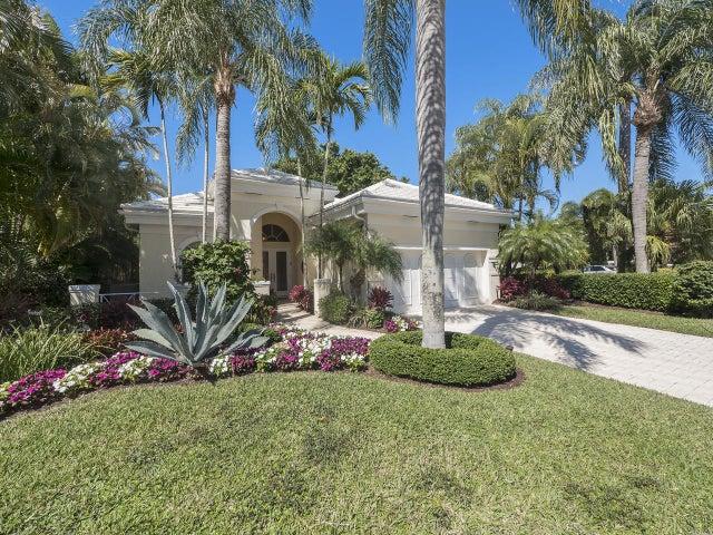 135 Emerald Key Lane, Palm Beach Gardens, FL 33418