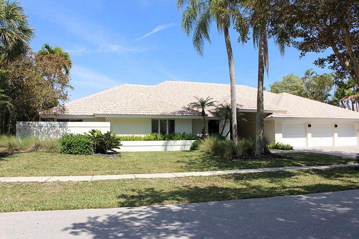 4493 Woodfield Boulevard, Boca Raton, FL 33434