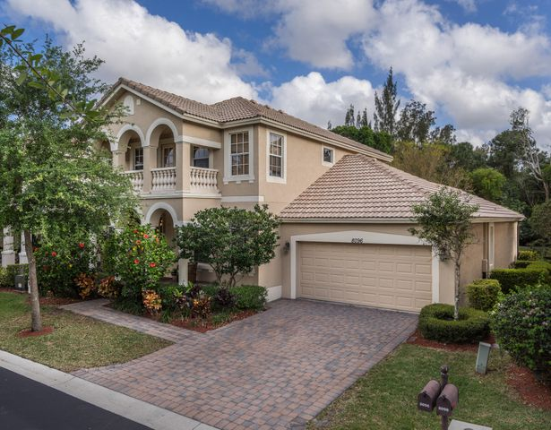 8096 Bautista Way, Palm Beach Gardens, FL 33418