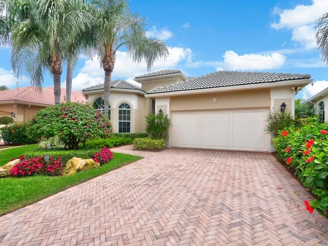 116 Banyan Drive, Palm Beach Gardens, FL 33418