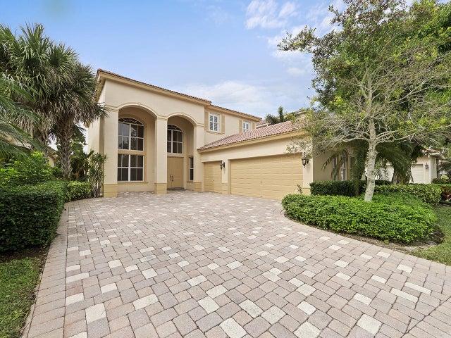 215 Via Condado Way, Palm Beach Gardens, FL 33418