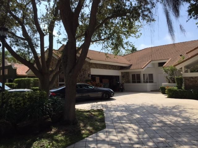 576 Sandpiper Way, Boca Raton, FL 33431