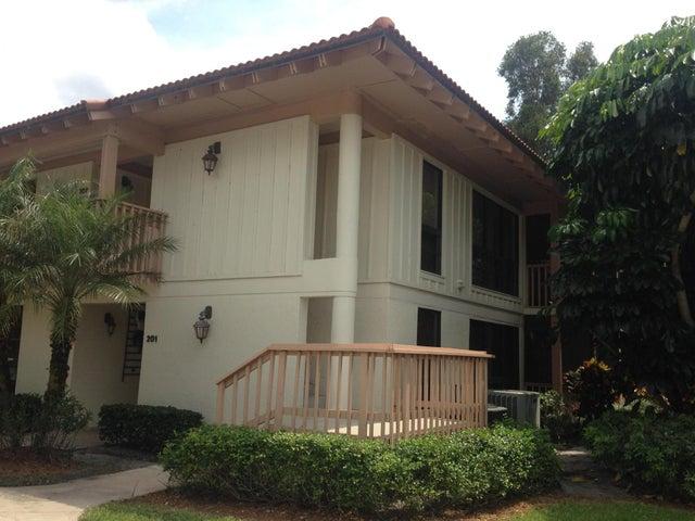 207 Brackenwood Terrace, Palm Beach Gardens, FL 33418
