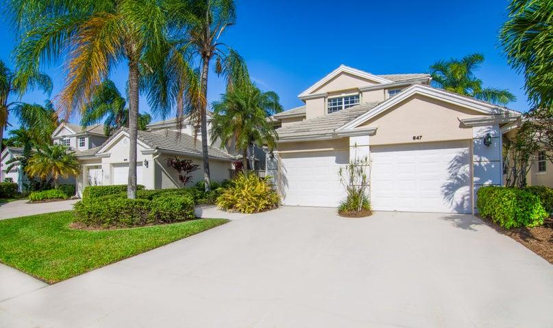 647 Masters Way, Palm Beach Gardens, FL 33418