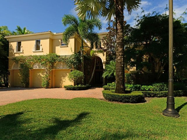 119 Via Verde Way, Palm Beach Gardens, FL 33418