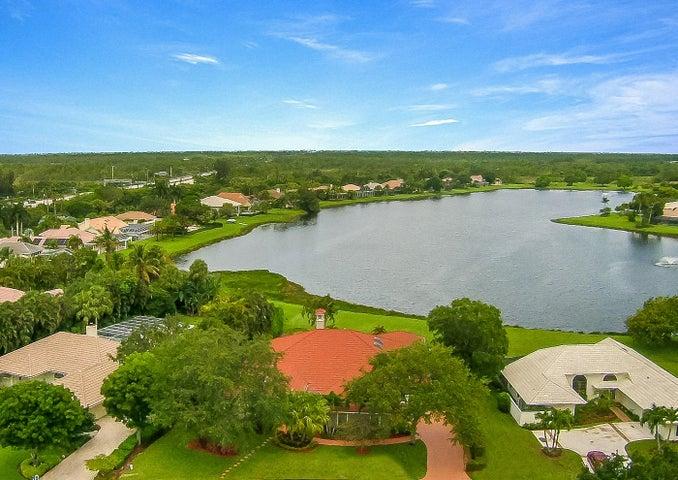180 Thornton Drive, Palm Beach Gardens, FL 33418