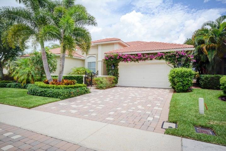107 San Vincente Place, Palm Beach Gardens, FL 33418
