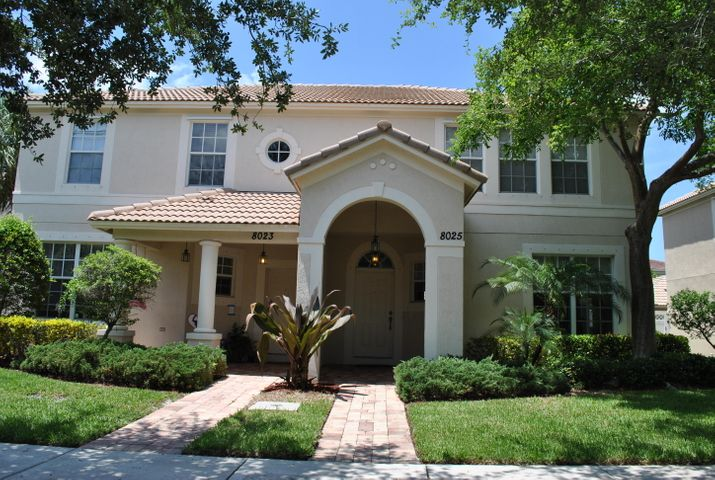 8025 Murano Circle, Palm Beach Gardens, FL 33418