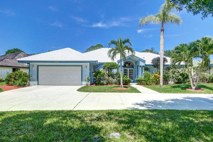 18716 Still Lake Drive, Jupiter, FL 33458