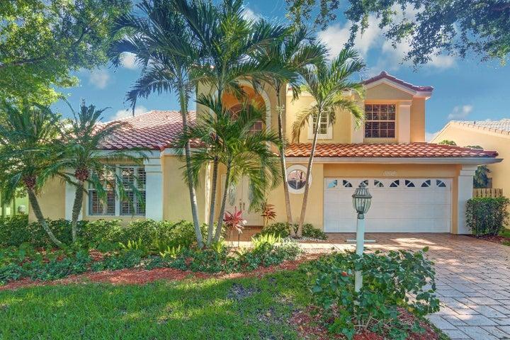 10149 Aspen Way, Palm Beach Gardens, FL 33410