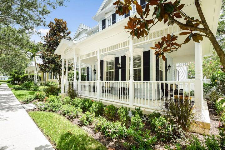179 Paradise Circle, Jupiter, FL 33458