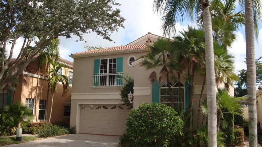 20 Via Carrara, Palm Beach Gardens, FL 33418