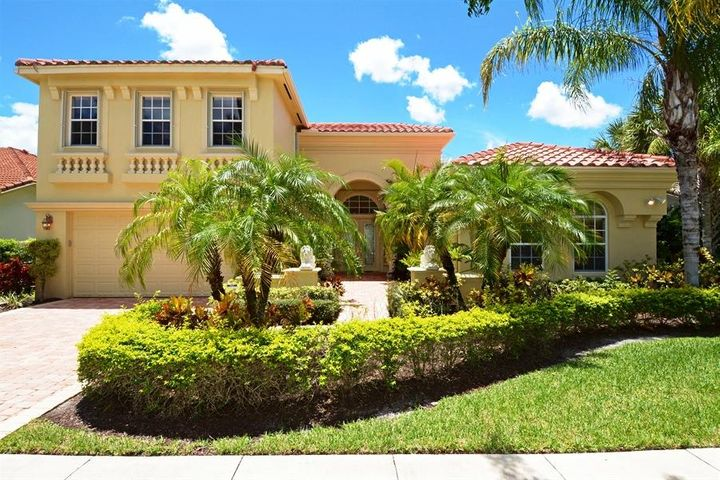 8840 Via Prestigio W, Wellington, FL 33411