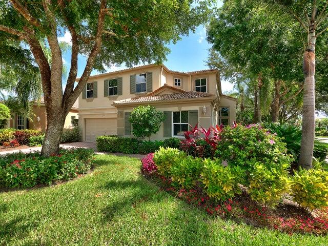 112 Sunset Cove Lane, Palm Beach Gardens, FL 33418