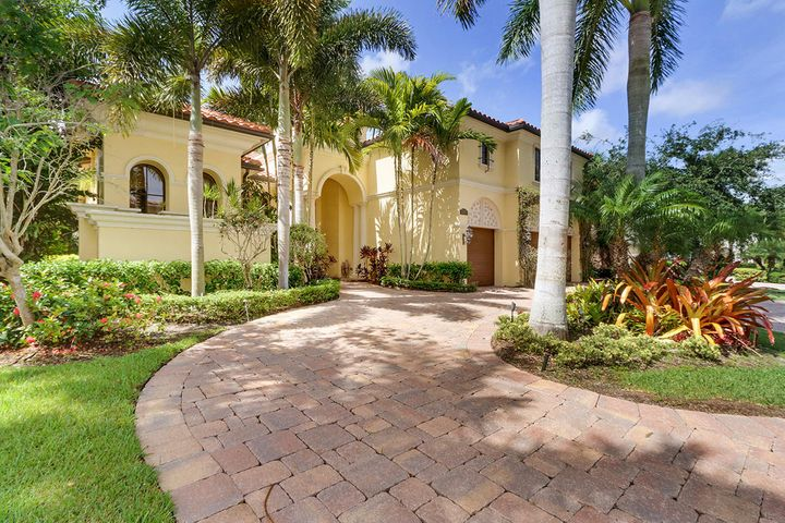 159 Remo Place, Palm Beach Gardens, FL 33418