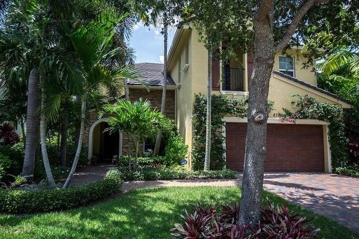 832 Madison Court, Palm Beach Gardens, FL 33410
