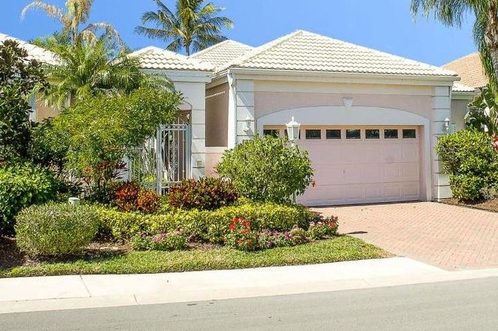 130 Coral Cay Drive, Palm Beach Gardens, FL 33418