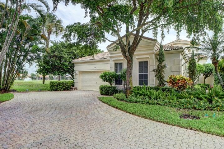 120 Sunset Cove Lane, Palm Beach Gardens, FL 33418